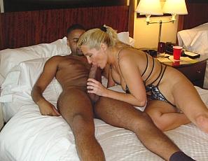 riley skunk interracial porn Amber love